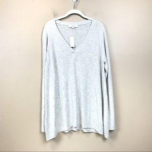 New with tags loft oversize gray sweater v neck L